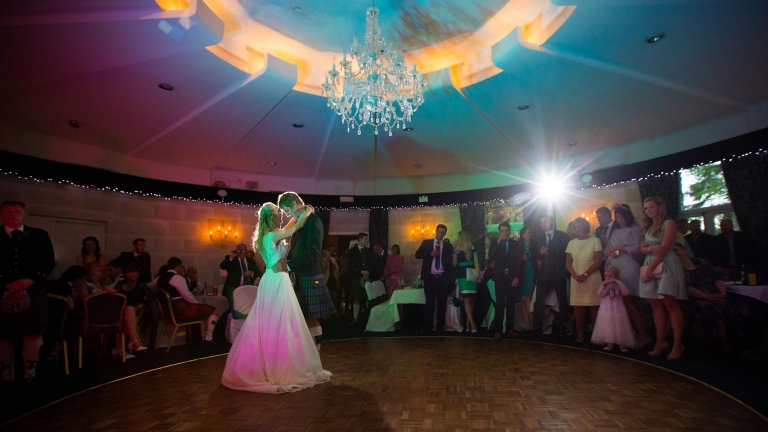 wedding videography Edinburgh white tree wedding films first dance